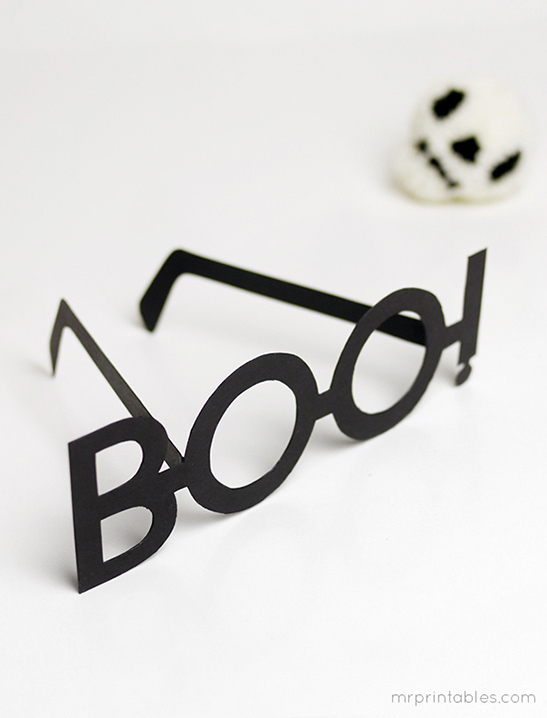 Boo! Halloween Typography Glasses - Mr Printables