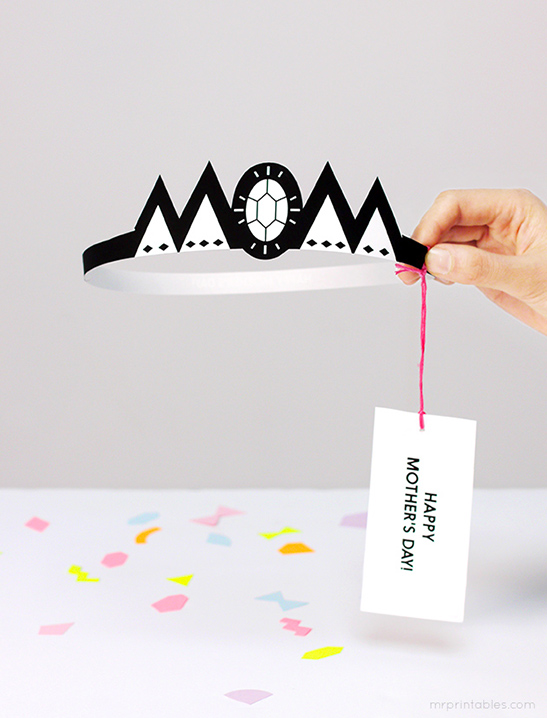 picture relating to Printable Mothers Day Pictures referred to as Crown Moms Working day Card - Mr Printables